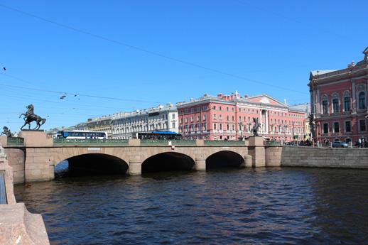 dnevnye progulki i ekskursii na teplohode po rekam i kanalam ot Fontanki